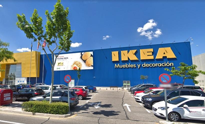 """Ikea inaugura su nuevo servicio de divorcio """"express"""" a la salida de sus almacenes"""