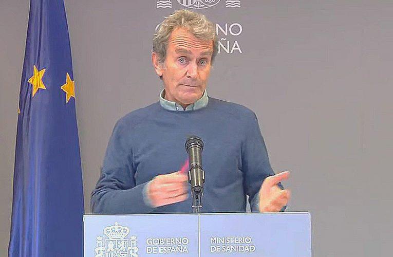 Fernando Simón calcula que este fin de semana habrá, como mucho, uno o dos botellones en toda España